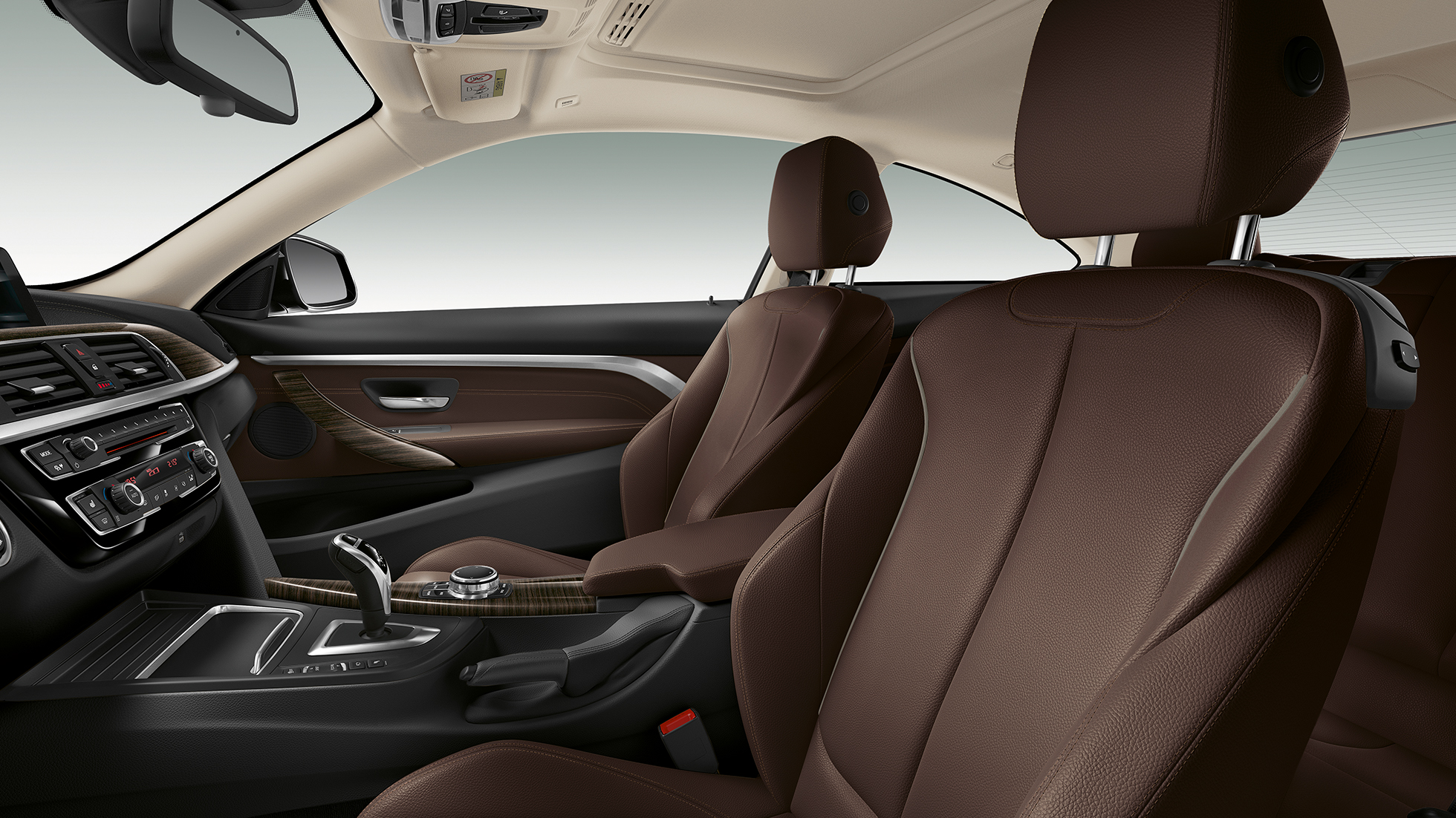BMW 4 Series Coupé, Model Luxury Line interior