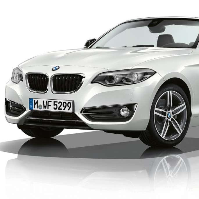 BMW 2 Series Convertible, Model Sport Line three-quarter front shot